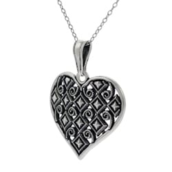 Journee Collection Sterling Silver Vintage-style Heart Necklace - Thumbnail 1