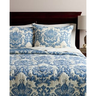 Twin-size Blue Damask 2-piece Quilt Set