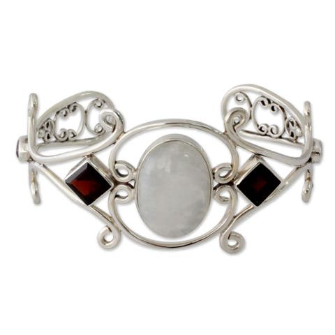 Handmade Moonstone Garnet and Amethyst Sterling Silver Cuff (India)