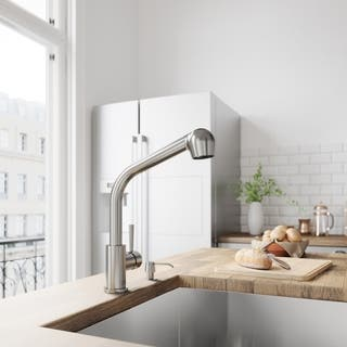 VIGO Avondale Stainless Steel Pull-Out Spray Kitchen Faucet|https://ak1.ostkcdn.com/images/products/4469252/P12419075.jpg?impolicy=medium