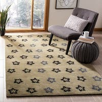 "Safavieh Handmade Soho Leaves Sage New Zealand Wool Rug - 9'-6"" x 13'-6"""