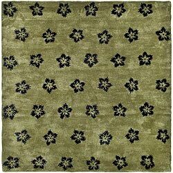 Safavieh Handmade Soho Leaves Sage New Zealand Wool Rug (5' x 8')