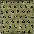 Safavieh Handmade Soho Leaves Sage New Zealand Wool Rug - 7'6 x 9'6
