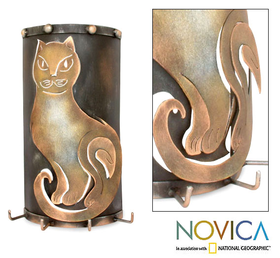 Iron 'Pensive Cat' Key Holder (Mexico)