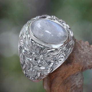 Lions Charisma Strong Masculine Large Bezel Set Cabochon Moonstone in Highly Polished 925 Sterling Silver Mens Ring (Indonesia)
