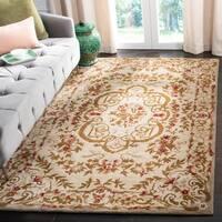 """Safavieh Handmade Classic Ivory Wool Rug - 7'6"""" x 9'6"""""""