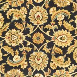Safavieh Handmade Classic Black/ Gold Wool Rug (6' x 9') - Thumbnail 2