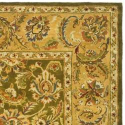 Safavieh Handmade Classic Olive/ Beige Wool Rug (7'6 x 9'6)