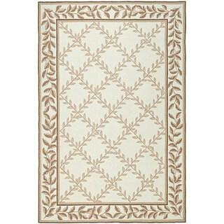 Safavieh Hand-hooked Easy Care Trellis Ivory/ Beige Rug (4' x 6')