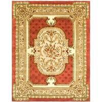 Safavieh Handmade Classic Burgundy/ Beige Wool Rug - 5' X 8'