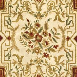 Safavieh Handmade Classic Burgundy/ Beige Wool Rug (6' x 9')