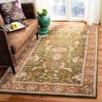 Safavieh Handmade Classic Light Green/ Gold Wool Rug - 8'3 x 11'