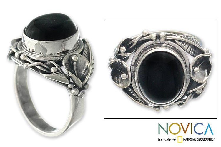 Handmade Onyx 'Nest Of Lilies' Flower Sterling Silver Ring (Indonesia)
