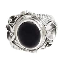 Handmade Onyx 'Nest Of Lilies' Flower Sterling Silver Ring (Indonesia) - Black