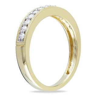 Miadora 10k Gold 1/4ct TDW Diamond Wedding Band (Yellow - Size 8.5)