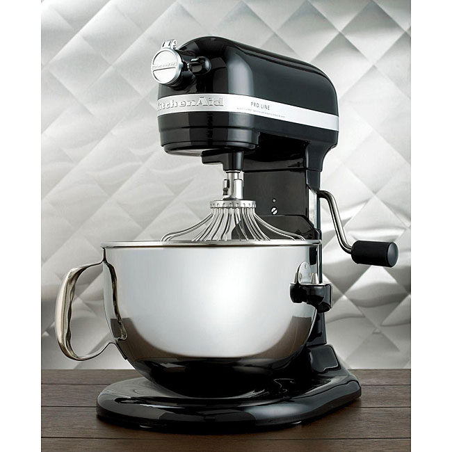 KitchenAid KL26M8XOB Onyx Black Pro Line 6-quart Stand Mixer *with Rebate*