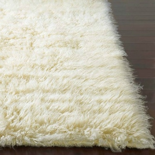 nuLOOM Hand-woven Alexa Flokati Natural Wool Shag Runner (2'6 x 8')