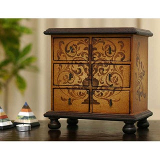 Cedar 'Illusion' Jewelry Chest (Peru)