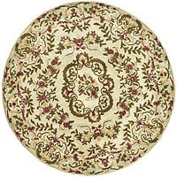Safavieh Handmade Classic Ivory Wool Floral Rug (8' Round)