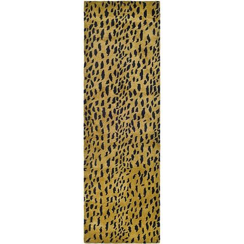 "Safavieh Handmade Soho Leopard Skin Beige N. Z. Wool Runner - 2'6"" x 12'"