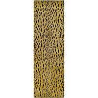 "Safavieh Handmade Soho Leopard Skin Beige N. Z. Wool Runner - 2'-6"" X 8'"