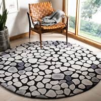 Safavieh Handmade Soho Pebbles Black/ Grey New Zealand Wool Rug - 6' x 6' Round