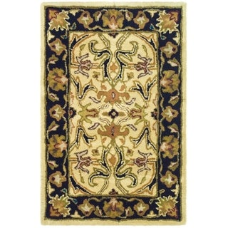 Safavieh Handmade Heritage Timeless Traditional Ivory/ Black Wool Rug (2' x 3')
