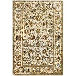 Safavieh Handmade Classic Ivory Wool Rug (4' x 6')