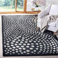 Safavieh Handmade Soho Deco Wave Dark Grey New Zealand Wool Rug - 5' x 8'