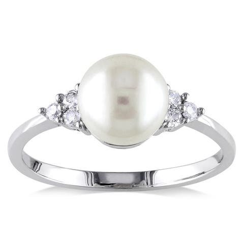 Miadora 10k White Gold Cultured Freshwater Pearl and 1/8ct TDW Diamond Ring (7.5-8 mm)