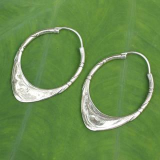 Handmade Sterling Silver Silver Boomerang Hoop Earrings (Thailand)