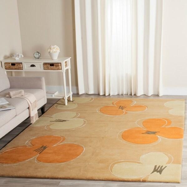 Safavieh Handmade Soho Daisy Gold New Zealand Wool Rug - 8'3 x 11'