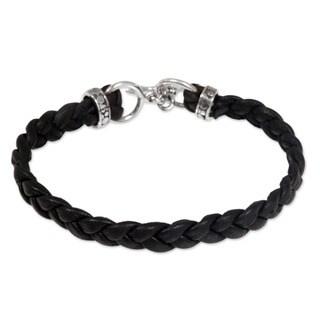 Handmade Braided Leather 'Time' Men's Bracelet (Indonesia)