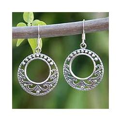 Handmade Sterling Silver 'Dream Catcher' Dangle Earrings (Thailand)