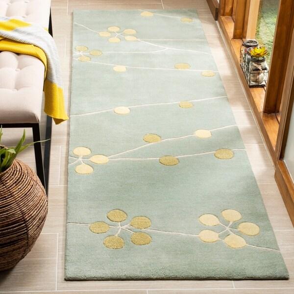 Safavieh Handmade Soho Blue New Zealand Wool Runner Rug - 2'6 x 8'