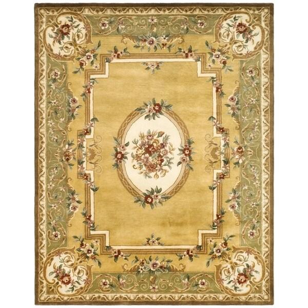 "Safavieh Handmade Classic Light Gold/ Green Wool Rug - 8'3"" x 11'"