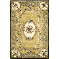 Safavieh Handmade Classic Light Gold/ Green Wool Rug - 5' x 8'