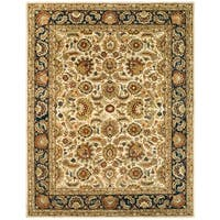 Safavieh Handmade Classic Heirloom Ivory/ Navy Wool Rug - 6' x 9'