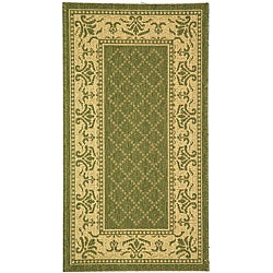 Safavieh Indoor/ Outdoor Royal Olive/ Natural Rug (2'7 x 5')