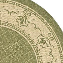 Safavieh Royal Olive Green/ Natural Indoor/ Outdoor Rug (5'3 Round) - Thumbnail 1