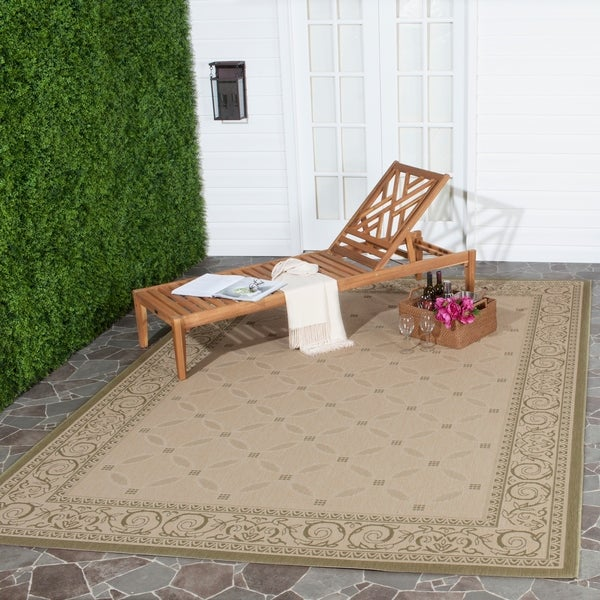 Safavieh Bay Natural/ Olive Green Indoor/ Outdoor Rug - 8' x 11'