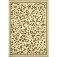 Safavieh Resorts Scrollwork Natural/ Olive Green Indoor/ Outdoor Rug - 6'7 x 9'6
