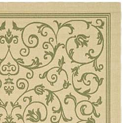 Safavieh Resorts Scrollwork Natural/ Olive Green Indoor/ Outdoor Rug (9' x 12') - Thumbnail 1