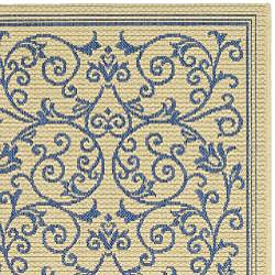 Safavieh Resorts Scrollwork Natural/ Blue Indoor/ Outdoor Poolside Rug (2'7 x 5')