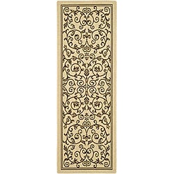 Safavieh Resorts Scrollwork Natural/ Brown Indoor/ Outdoor Runner (2'4 x 6'7)