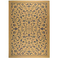 Safavieh Resorts Scrollwork Natural/ Blue Indoor/ Outdoor Rug - 6'7 x 9'6