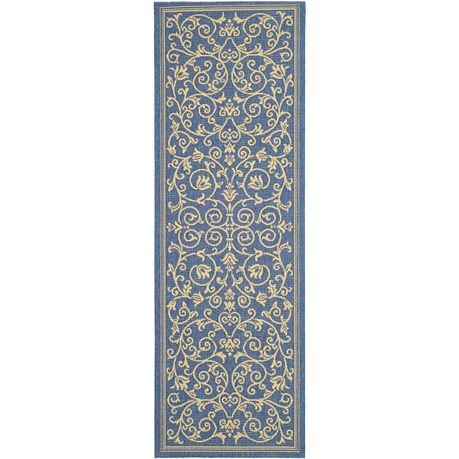 Safavieh Resorts Scrollwork Blue/ Natural Indoor/ Outdoor Runner (2'4 x 6'7) - Thumbnail 0
