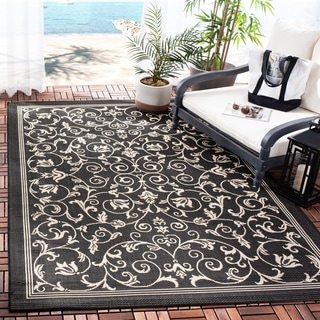 Safavieh Resorts Scrollwork Black/ Sand Indoor/ Outdoor Rug (6'7 x 9'6)