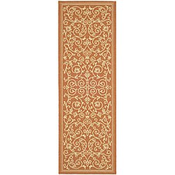 Safavieh Resorts Scrollwork Terracotta/ Natural Indoor/ Outdoor Runner (2'4 x 9'11)