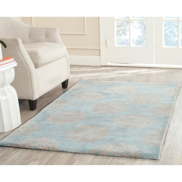 "Safavieh Handmade Soho Medallion Light Blue N. Z. Wool Rug - 9'6"" x 13'6"""